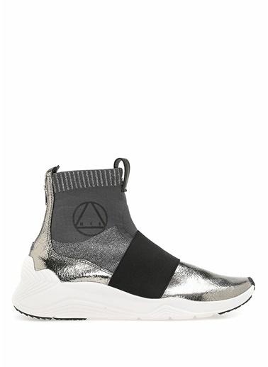 McQ Alexander McQueen Sneakers Gri